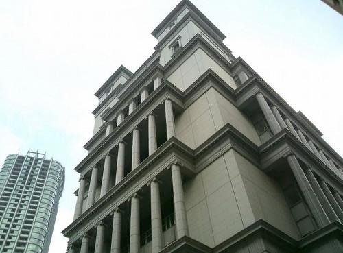"Uinzu Shiodome, un ""Castillo Italiano"" en pleno Tokyo"