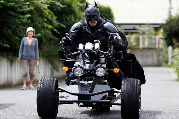 El misterioso Batman que patrulla las calles de Chiba
